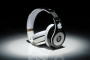 Beats-By-Dre-Studio-High-Definition-Powered-Isolation-Headphones-LOVE-Steve-Jobs-Apple-Limited-Edition-Black-White